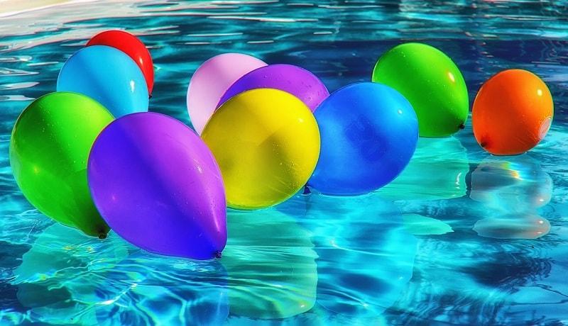 Alla scuola materna si impara a nuotare!